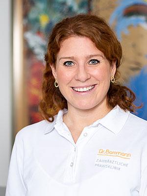 Dr. Mona Roos - Zahnärztliche Praxisklinik Dr. Borrmann